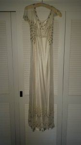 Jenny Packham Ivory Silk; Tulle; Beaded with Crystal Clair Vintage Wedding Dress Size 8 (M)