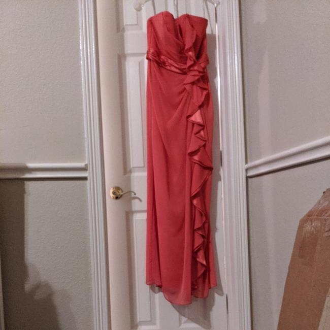 Item - Coral Polyester F14336 Traditional Bridesmaid/Mob Dress Size 4 (S)