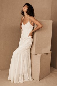 BHLDN Ivory Naomi Feminine Wedding Dress Size 2 (XS)