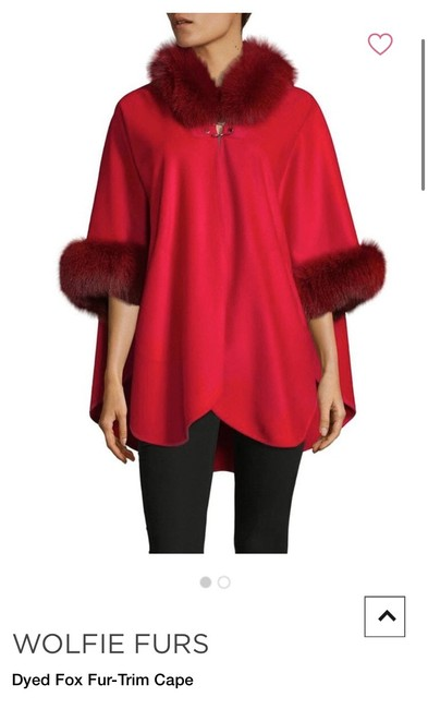 Item - Red Wolfie Furs Dyed Fox Fur Tirm Poncho/Cape Size OS (one size)