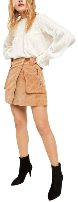 Item - Camel Suede Skirt Size 6 (S, 28)