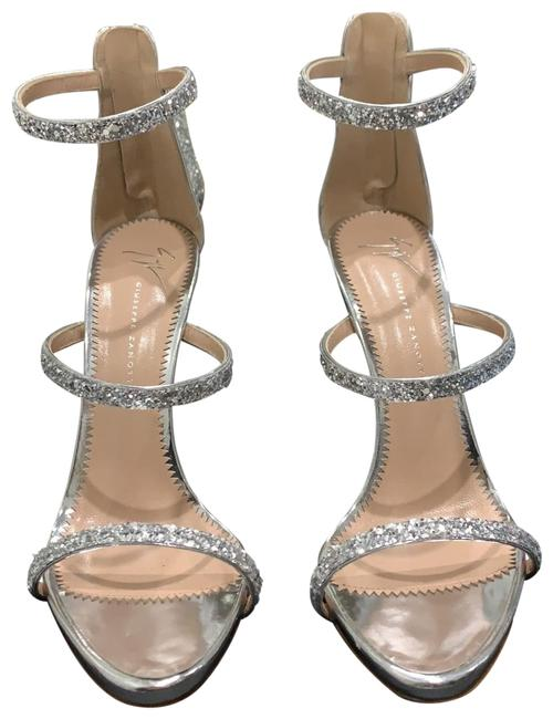 Item - Glitter Silver Formal Shoes Size EU 38.5 (Approx. US 8.5) Regular (M, B)