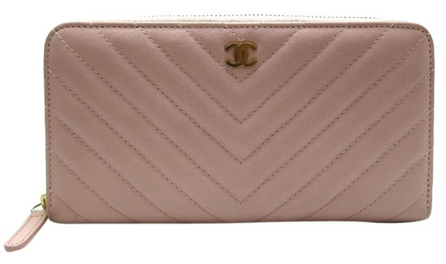 Chanel Pink Long Round Zip Ladies Leather Wallet Chanel Pink Long Round Zip Ladies Leather Wallet Image 1