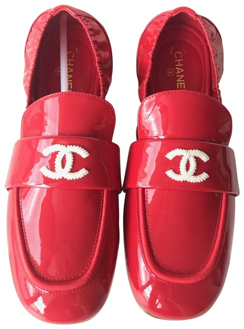 Item - Red 2019 Patent Leather Crunchy Loafers Flats Size EU 36.5 (Approx. US 6.5) Wide (C, D)