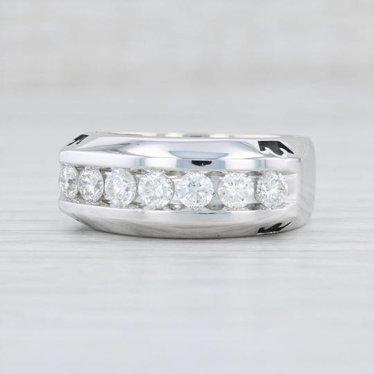 Preload https://img-static.tradesy.com/item/26784511/disney-white-gold-1ctw-diamond-crown-ring-14k-size-anniversary-men-s-wedding-band-0-0-540-540.jpg