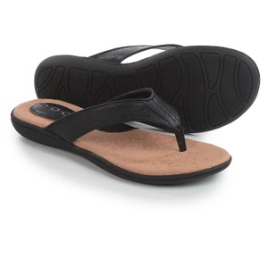 B.O.C. Faux Leather Thong Black Sandals