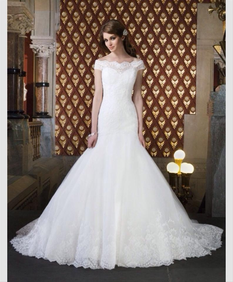 Justin Alexander Ivory Lace 8708 Traditional Wedding Dress Size 6 S