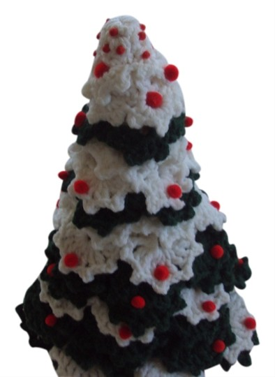 Preload https://item1.tradesy.com/images/other-crochet-hand-made-christmas-tree-2679415-0-0.jpg?width=440&height=440
