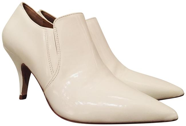 Item - White Georgina Pointed-toe Pumps Boots/Booties Size US 7 Regular (M, B)