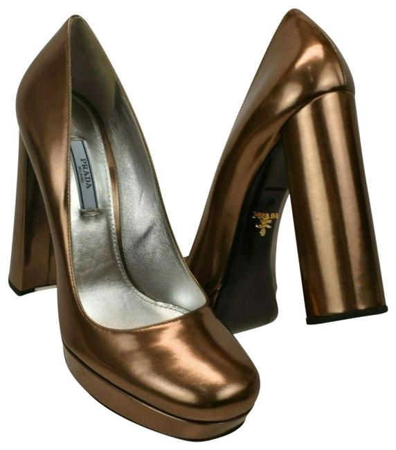 Item - Bronze 1ip288 Metallic Leather Platform Classic Pumps Size EU 40 (Approx. US 10) Regular (M, B)