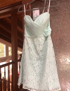 Jasmine Bridal Seamist Green Poly-chiffon Lace Traditional Bridesmaid/Mob Dress Size 8 (M)