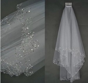 Short White Ivory Beaded Edge with Comb Bridal Veil