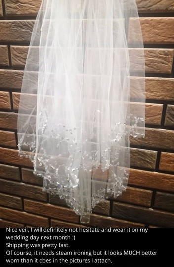 Short White Ivory Beaded Edge with Comb Bridal Veil Image 5