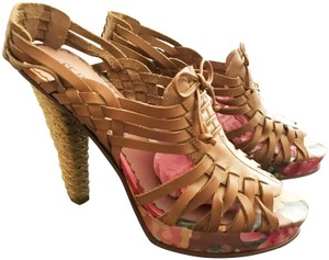 SE Boutique by Sam Edelman Designs Slingback Leather Tan with Multi Floral Pumps