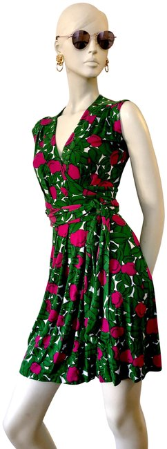 Item - Dark Fuschia and Kelly Green Wrap Short Casual Dress Size 4 (S)