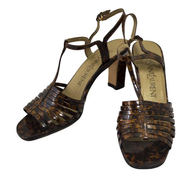 Item - Brown Sandals Size US 7 Narrow (Aa, N)