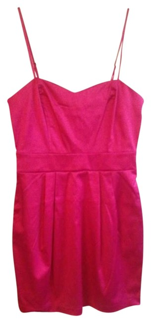 Preload https://item5.tradesy.com/images/forever-21-pink-above-knee-cocktail-dress-size-4-s-268119-0-0.jpg?width=400&height=650