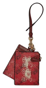 Coach Coach ID LANYARD Wristlet SET WITH HORSE AND CARRIAGE PRINT F84638