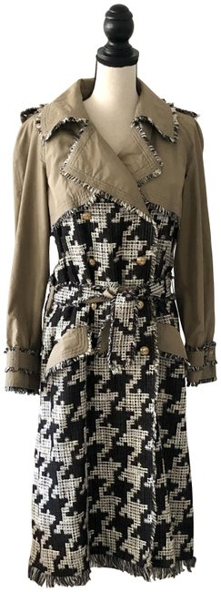 Item - Black White Tan Houndstooth Tweed Rare Coat Size 10 (M)