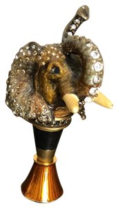 Jay Strongwater Jay Strongwater elephant metal/crystal wine stopper