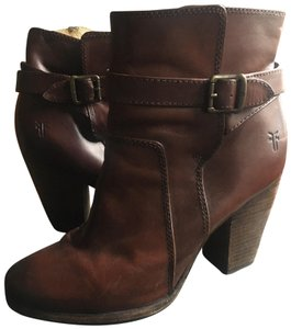 Frye Riding Redwood Vintage Leather Boots