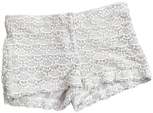 Express Crochet Mini/Short Shorts Cream