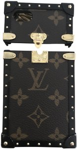 Louis Vuitton Louis Vuitton iPhone 7 trunk case