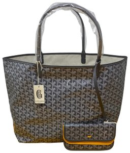 Goyard Tote in Gray