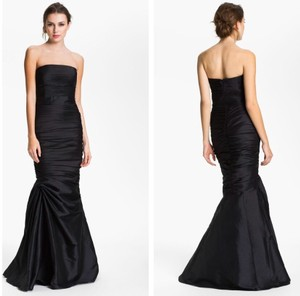 Monique Lhuillier Black Polyester Strapless Ruched Faille Mermaid Gown Traditional Bridesmaid/Mob Dress Size 2 (XS)