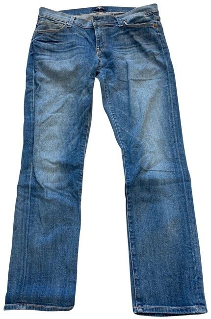 Item - Blue Light Wash Relaxed Fit Jeans Size 8 (M, 29, 30)