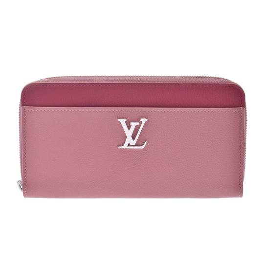 Preload https://img-static.tradesy.com/item/26836169/louis-vuitton-long-women-s-leather-bi-fold-wallet-0-0-540-540.jpg