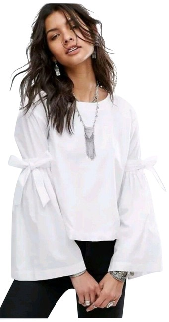 Item - White New So Obviously Yours X-small Bell Sleeve Blouse Size 2 (XS)