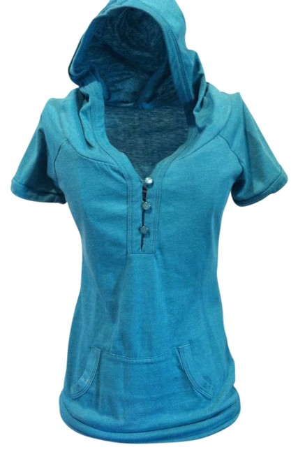 Preload https://item4.tradesy.com/images/love-culture-teal-tee-shirt-size-6-s-268388-0-0.jpg?width=400&height=650