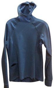 SUGOI SUGOI hooded pullover in mid blue.