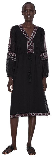 Item - Black Embroidered Summer Mid-length Short Casual Dress Size 6 (S)