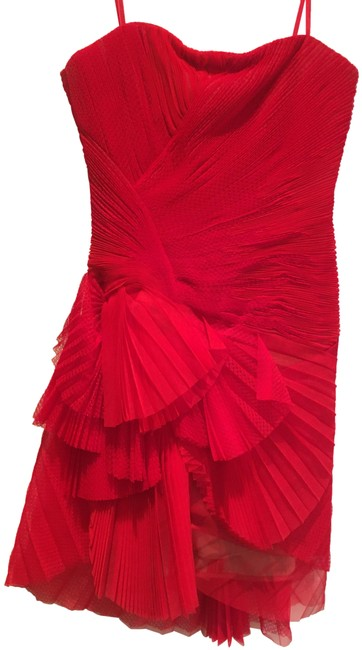 Item - Red Runway Short Formal Dress Size 4 (S)