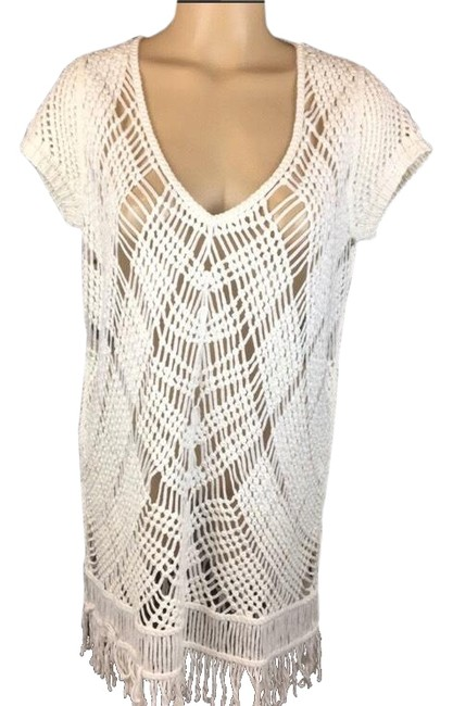 Item - White Crochet Fringe Blouse Size 8 (M)