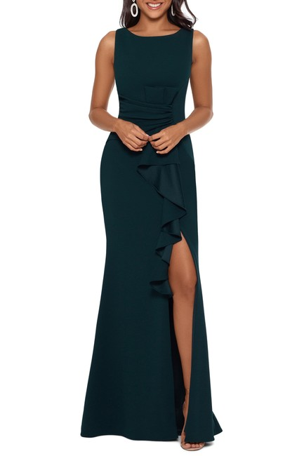 Item - Pine Ruffle-detail Gown Long Formal Dress Size 6 (S)
