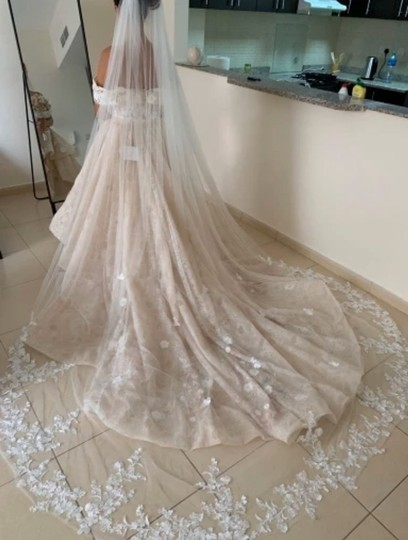 Long White Ivory 3m/10ft Lace Cathedral with Comb Bridal Veil Image 6