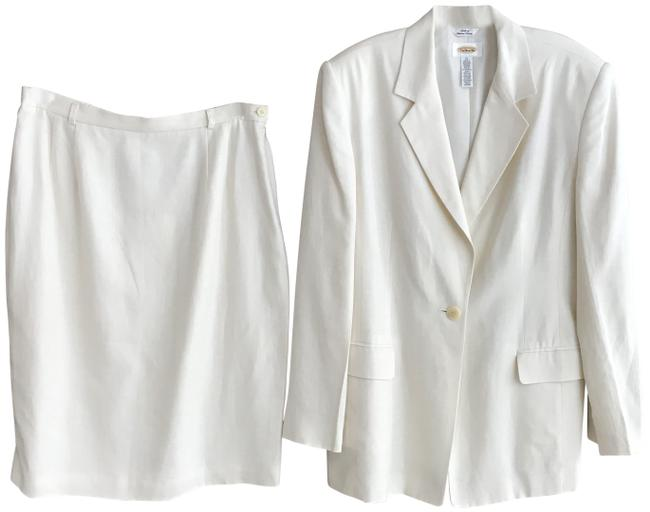 Item - Winter White Rayon/Linen Skirt Suit Size 14 (L)