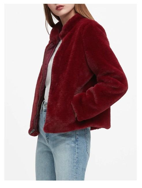 Item - Maroon Faux Coat Size 8 (M)