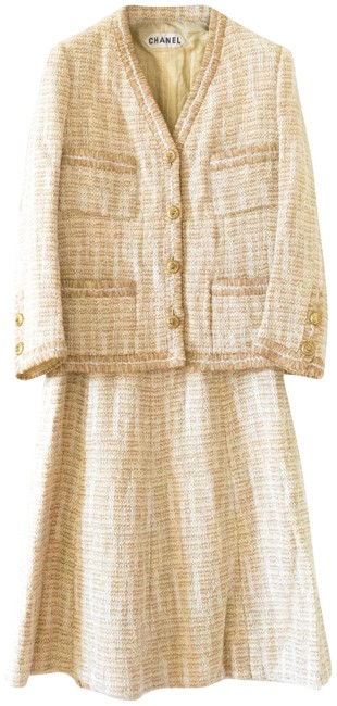 Item - Beige Gabrielle Rare Collectors 1960 Haute Couture Coco Lion Gold Skirt Suit Size 8 (M)
