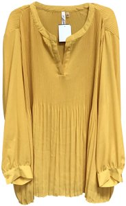 NY Collection Monochrome Pleated V-neck Oversized Tunic Top Yellow