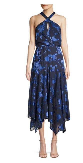 Item - Sierra Floral Handkerchief Mid-length Night Out Dress Size 10 (M)
