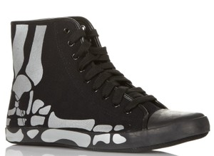 Be&D Canvas Rubber Print Skull High Top Black Athletic