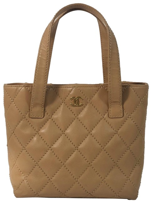Item - Quilted Wild Stitch Small Handbag In Beig Neutral Lambskin Leather Tote