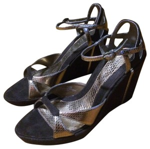 Chinese Laundry Chocolate Brown and Gold Wedges