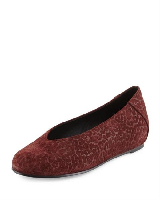 Item - Red Patch Leopard Embossed Slip On Flats Size US 7.5 Regular (M, B)