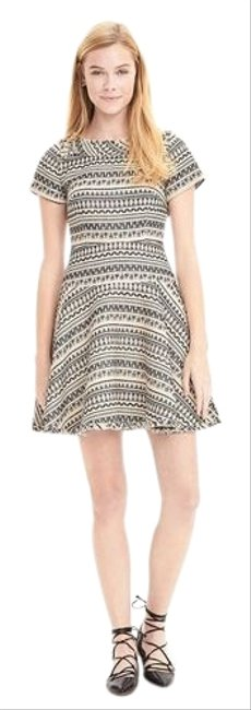 Item - Cream Print Jacquard Fit and Flare Short Work/Office Dress Size 0 (XS)