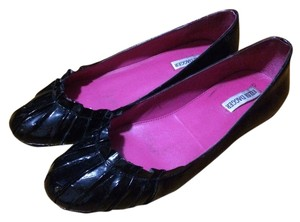 Kelsi Dagger Patent Leather black Flats